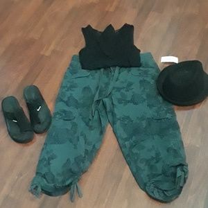 Style &co.cargo pants.NWT